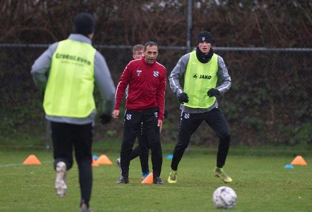 Đoàn Văn Hậu tập luyện cùng SC Heerenveen tại Tây Ban Nha - 6