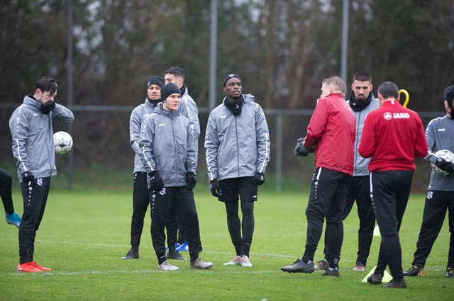 Đoàn Văn Hậu tập luyện cùng SC Heerenveen tại Tây Ban Nha - 4