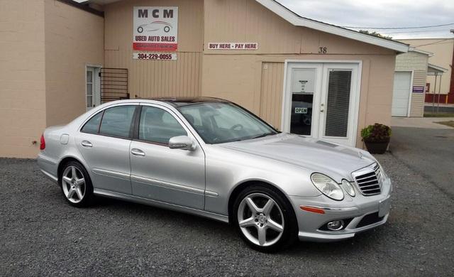 Mercedes-Benz triệu hồi gần 745.000 xe vì nguy cơ bung cửa sổ trời - 1