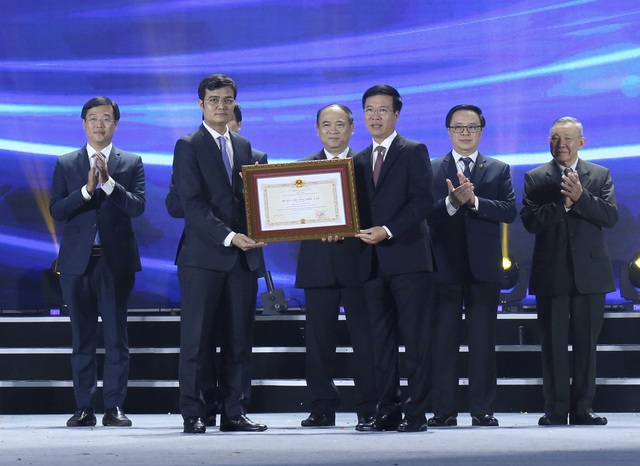 Hội Sinh viên Việt Nam nhận Huân chương Độc lập hạng Nhất lần thứ 2 - 3