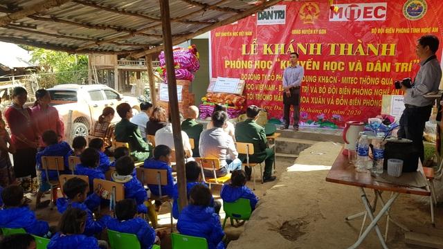 Báo Dân trí khánh thành điểm trường Mầm non sát biên giới Việt - Lào - 3
