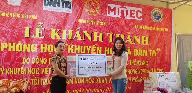 Báo Dân trí khánh thành điểm trường Mầm non sát biên giới Việt - Lào - 6