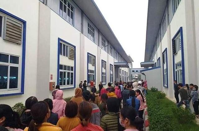 Ninh Bình: Hơn 1.000 công nhân làm việc lại sau khi đình công đòi thưởng Tết - 1