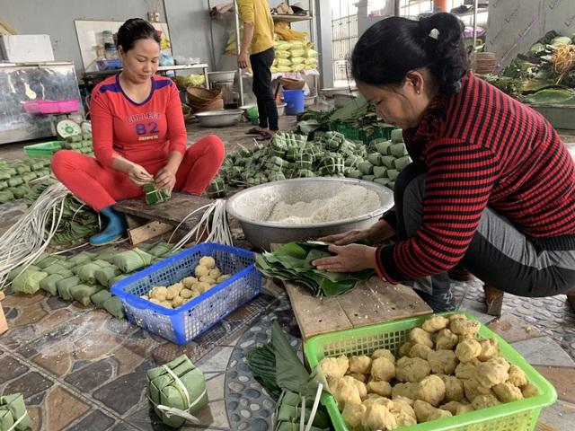Hương vị Tết ở làng bánh chưng Tranh Khúc - 2