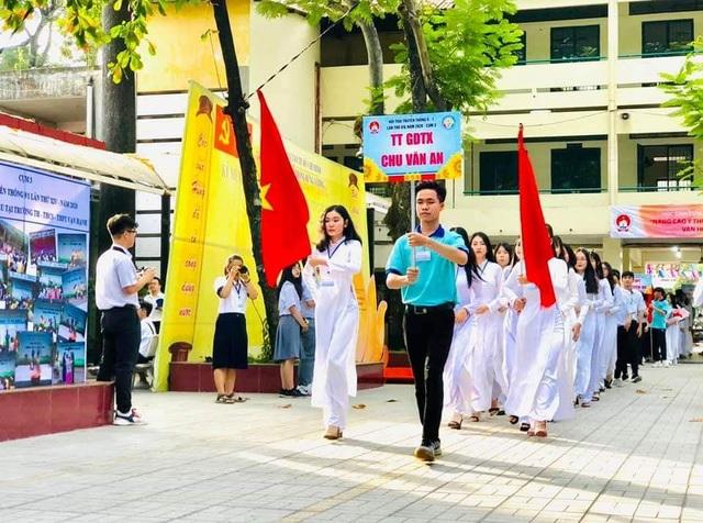 Công dân trẻ tiêu biểu TPHCM tiếp tục được tuyên dương Sinh viên 5 tốt - 3