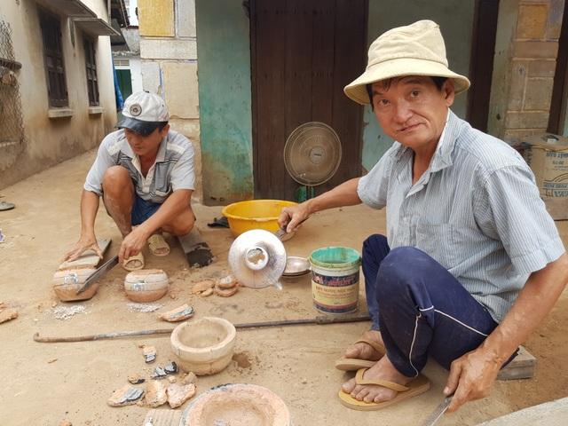 Làng đúc đồng trăm năm tuổi ở Khánh Hòa đỏ lửa vào mùa Tết - 1