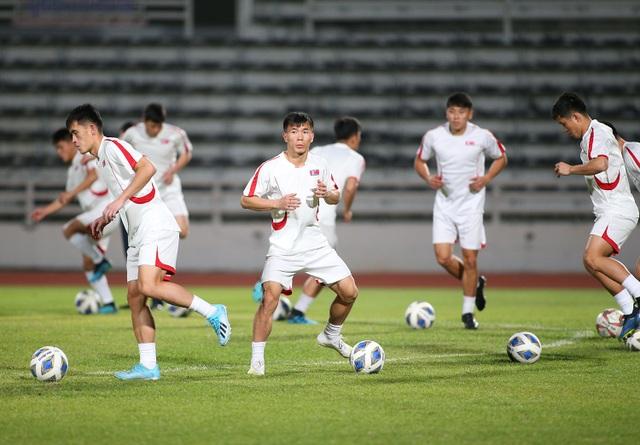 """Đột nhập"" buổi tập của U23 Triều Tiên - 3"