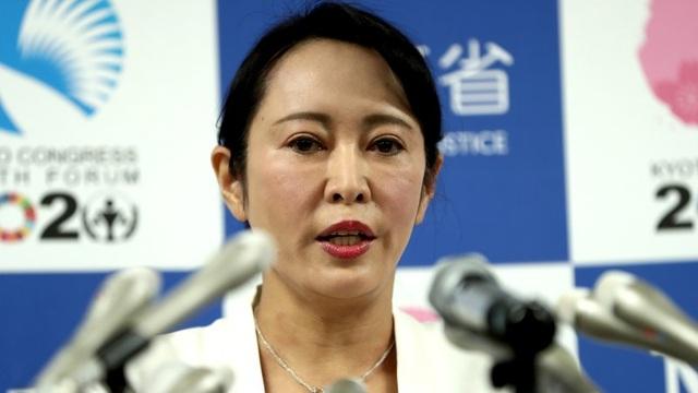Cựu chủ tịch Nissan đã bỏ trốn khỏi Nhật như thế nào? - 1