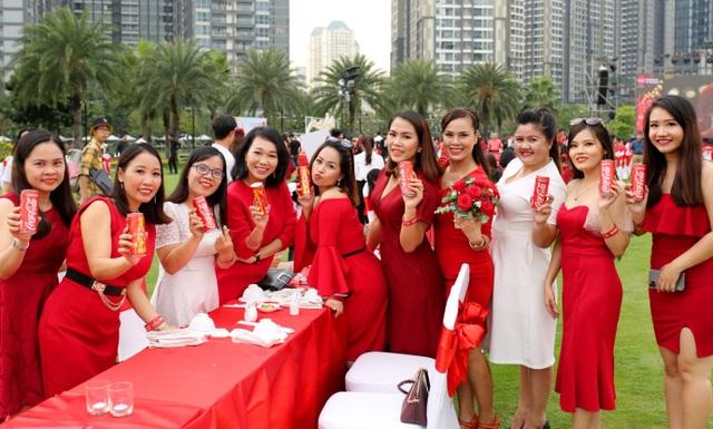 Bàn tiệc Tết dài nhất Châu Á: Không chỉ là một kỷ lục! - 2