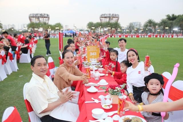 Bàn tiệc Tết dài nhất Châu Á: Không chỉ là một kỷ lục! - 3