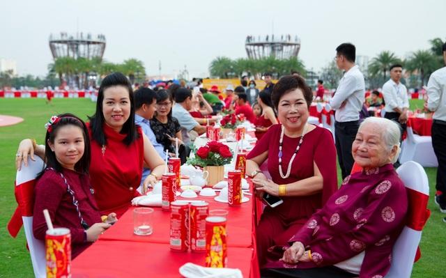 Bàn tiệc Tết dài nhất Châu Á: Không chỉ là một kỷ lục! - 5