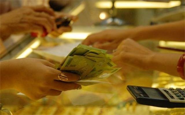 Giá vàng đảo chiều, tăng gần 1 triệu đồng mỗi lượng - 1