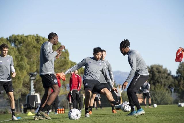 Cầu thủ Heerenveen khen Văn Hậu trong chuyến tập huấn ở Tây Ban Nha - 2