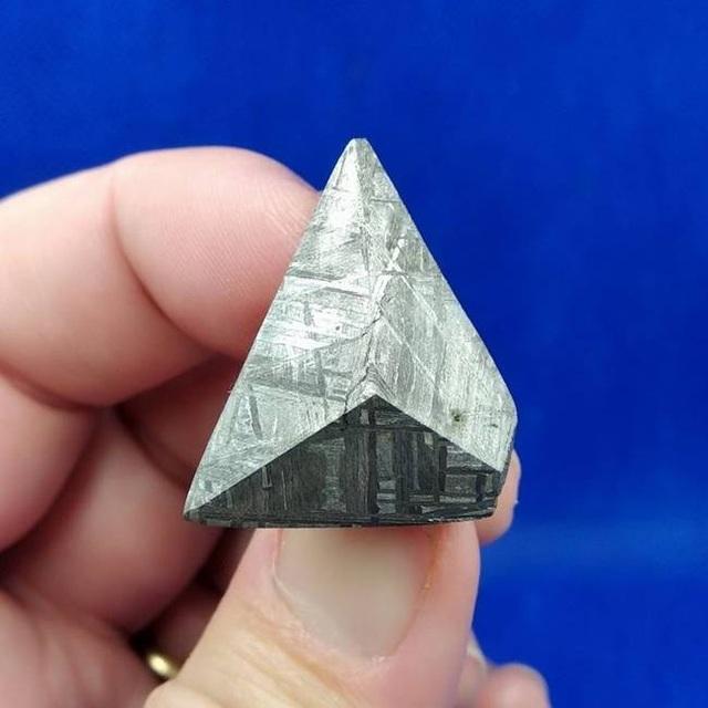 Tìm được khối lạ ngỡ là vàng, hóa ra thứ quý hiếm có thể đổi lấy núi tiền - 12