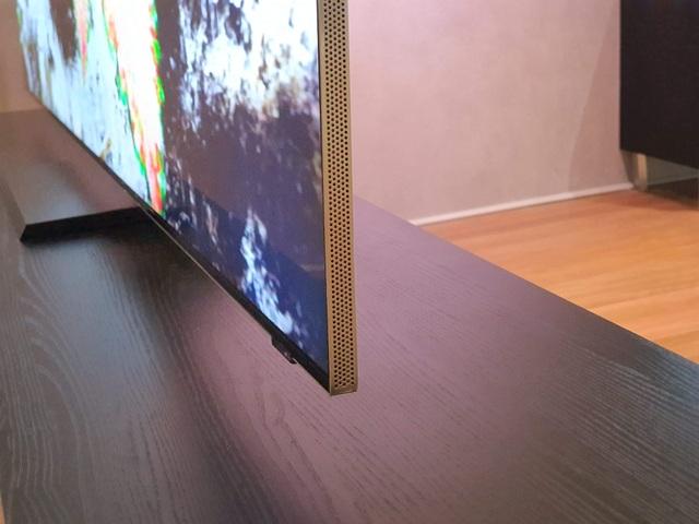 Cận cảnh TV 8K không viền màn hình của Samsung tại CES 2020 - 4