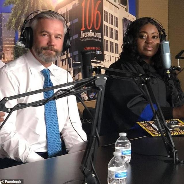 Mỹ: Nữ lái xe Uber được hành khách trả giúp khoản nợ phí đại học - 3