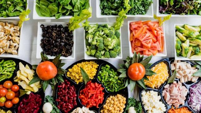 Ăn ít chất béo giúp chị em dễ sống sót hơn khi mắc ung thư vú - 1
