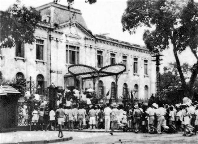 Đảng Cộng sản Việt Nam và 15 năm làm nên kỳ tích vĩ đại - 4