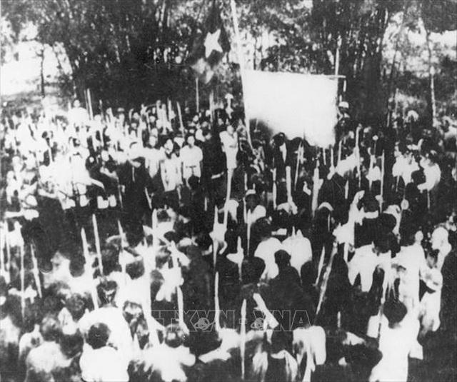 Đảng Cộng sản Việt Nam và 15 năm làm nên kỳ tích vĩ đại - 7