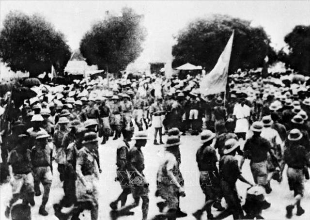 Đảng Cộng sản Việt Nam và 15 năm làm nên kỳ tích vĩ đại - 11