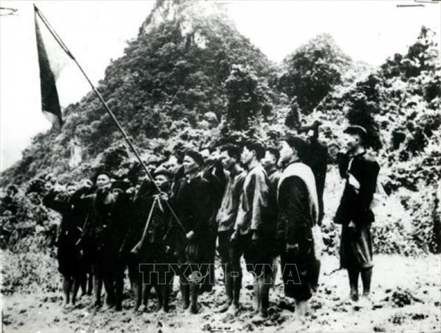Đảng Cộng sản Việt Nam và 15 năm làm nên kỳ tích vĩ đại - 14