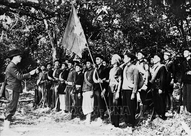 Đảng Cộng sản Việt Nam và 15 năm làm nên kỳ tích vĩ đại - Ảnh minh hoạ 15