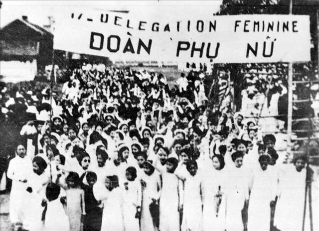 Đảng Cộng sản Việt Nam và 15 năm làm nên kỳ tích vĩ đại - 18