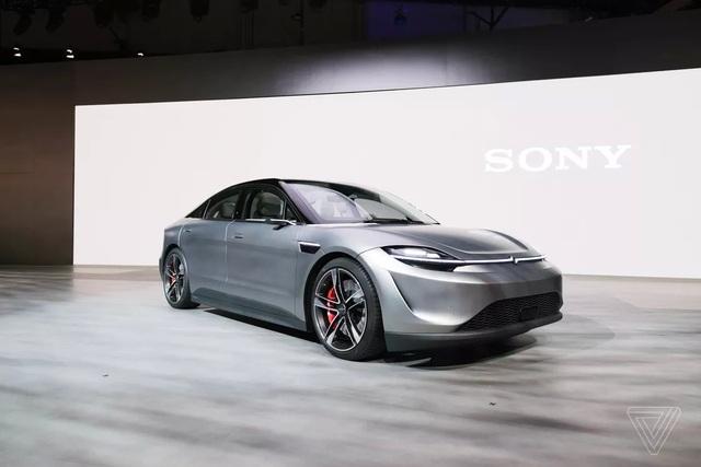 Sony bất ngờ trình làng xe chạy điện Vision-S - 2