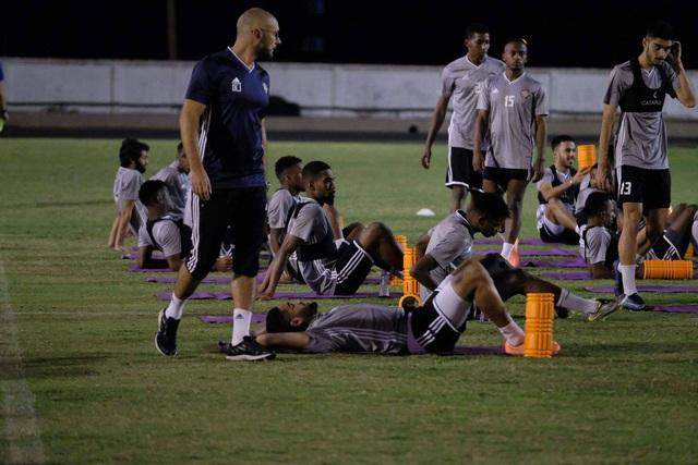 Trưởng đoàn U23 UAE hết lời khen ngợi Quang Hải và Đức Chinh - 2
