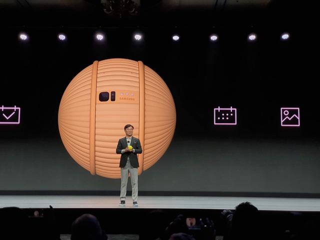 """Samsung trình diễn robot """"thú cưng"""" Ballie đặc biệt tại CES 2020 - 3"""