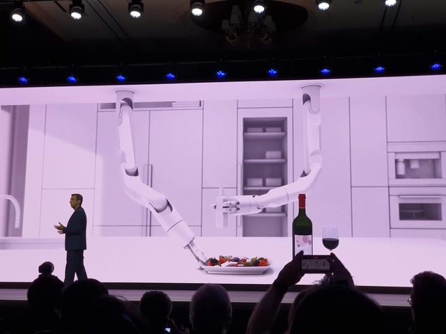 """Samsung trình diễn robot """"thú cưng"""" Ballie đặc biệt tại CES 2020 - 9"""