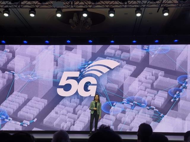 """Samsung trình diễn robot """"thú cưng"""" Ballie đặc biệt tại CES 2020 - 11"""