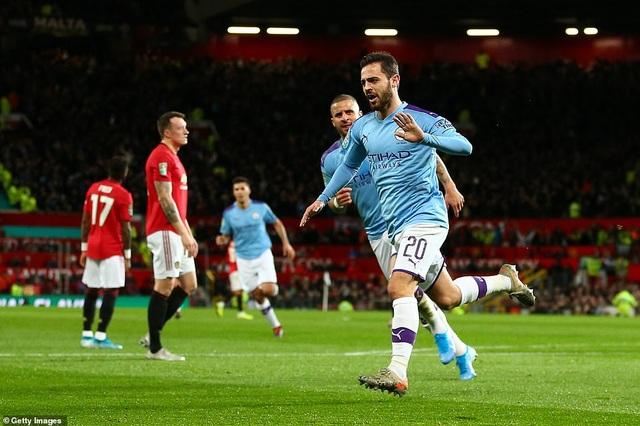 """Man Utd 1-3 Man City: Sai lầm liên tiếp của """"Quỷ đỏ"""" - 3"""