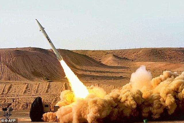 Hai loại tên lửa đạn đạo Iran có thể đã nã vào căn cứ Mỹ - 1