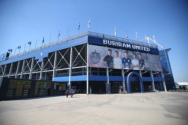 Sân Buriram tất bật chuẩn bị cho trận khai mạc giải U23 châu Á - 4