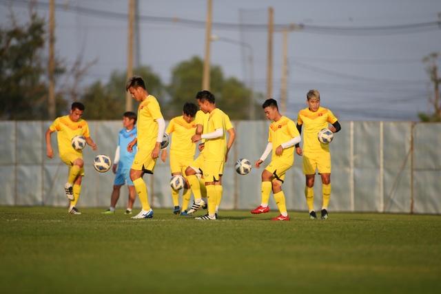 U23 Việt Nam luyện bóng bổng, sẵn sàng đấu U23 UAE trận ra quân - 12