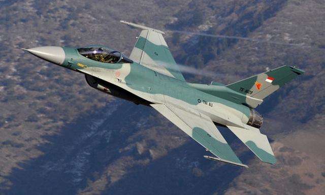 """Indonesia điều """"chim ưng"""" F-16 ra Biển Đông đối phó Trung Quốc - 1"""