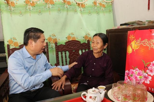Tết này, gia đình vui hơn khi có sự quan tâm của ngành LĐ-TBXH - 11