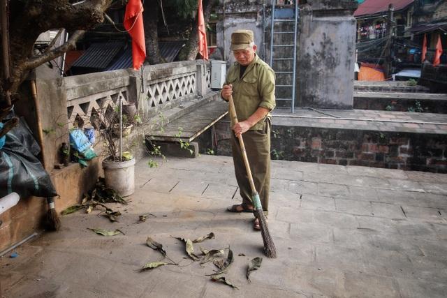 Người đàn ông 20 năm canh gác cửa ô cuối cùng của Hà Nội - 4