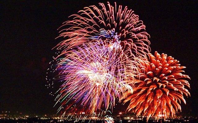 Quảng Trị bắn pháo hoa tại 3 điểm chào năm mới Canh Tý 2020 - 1