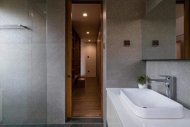 """Ngôi nhà bằng gạch mộc gây ấn tượng bởi thiết kế """"vừa cũ, vừa mới"""" - 7"""
