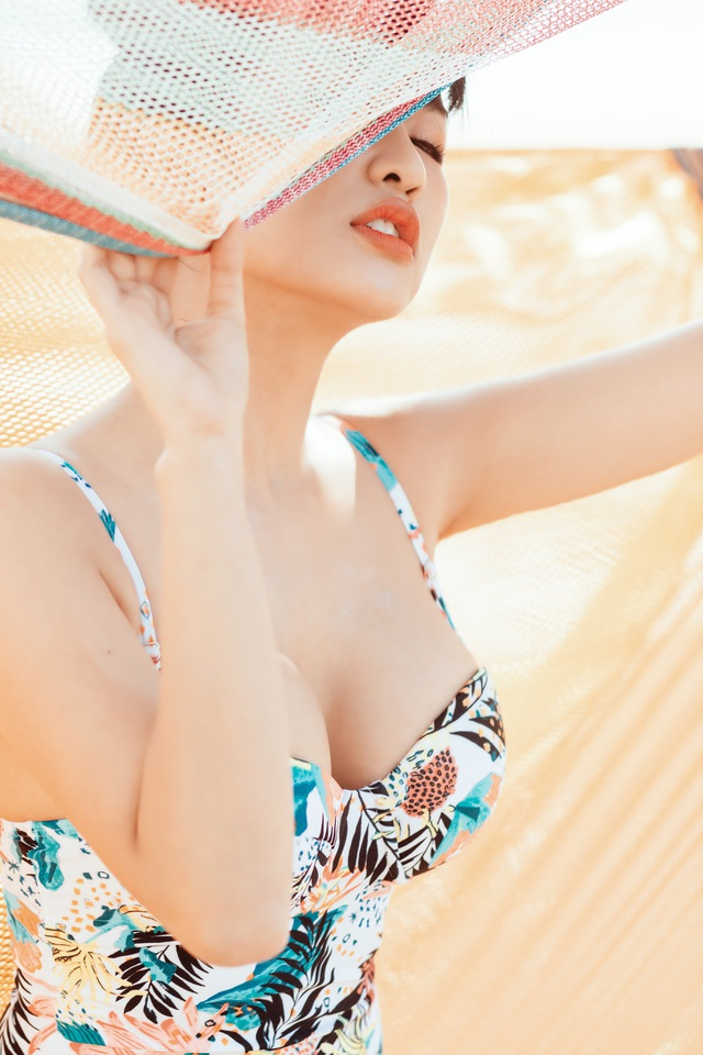 Trang Moon khoe hình thể nóng bỏng với bikini ở tuổi 27 - 2