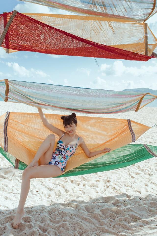 Trang Moon khoe hình thể nóng bỏng với bikini ở tuổi 27 - 4