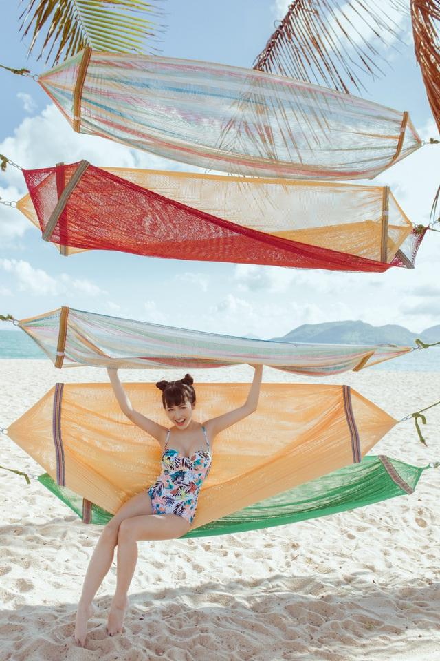Trang Moon khoe hình thể nóng bỏng với bikini ở tuổi 27 - 7