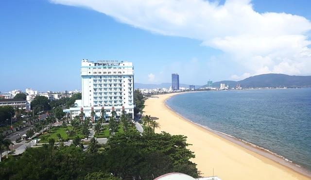 """Quy Nhơn: """"Thành phố Du lịch sạch Asean 2020"""" - 5"""