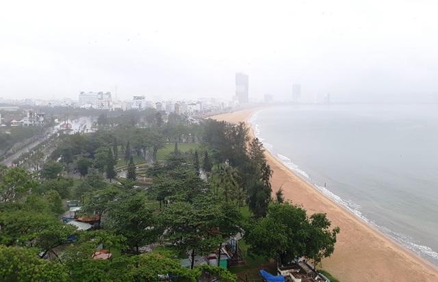 """Quy Nhơn: """"Thành phố Du lịch sạch Asean 2020"""" - 2"""