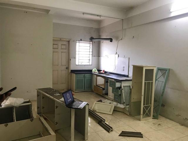"""Chủ nhà Hà Nội chi gần 300 triệu """"lột xác"""" đẹp khó tin cho căn chung cư cũ - 3"""