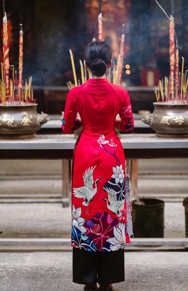 Hoa khôi ĐH Công nghệ TP.HCM duyên dáng trong bộ ảnh đón Xuân - 14