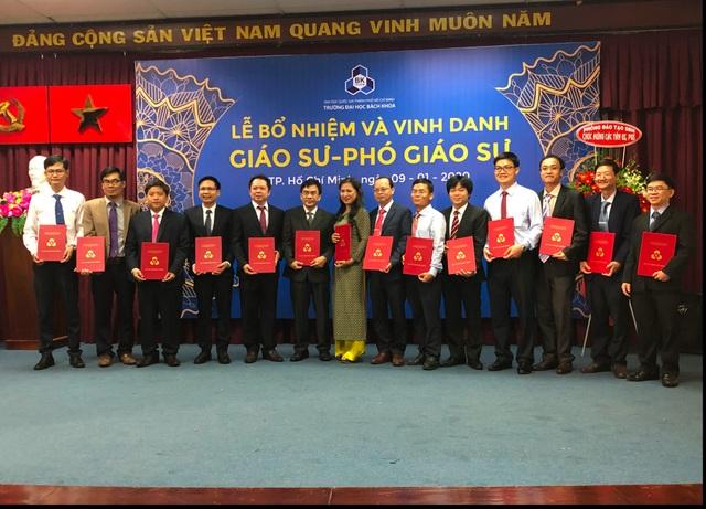 Trường ĐH Bách khoa TPHCM vinh danh 15 giáo sư, phó giáo sư năm 2019 - 1