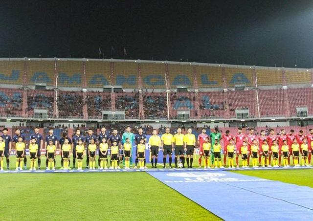CĐV Thái Lan thờ ơ trong ngày đội nhà thắng tưng bừng - 2